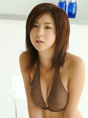 Aki...